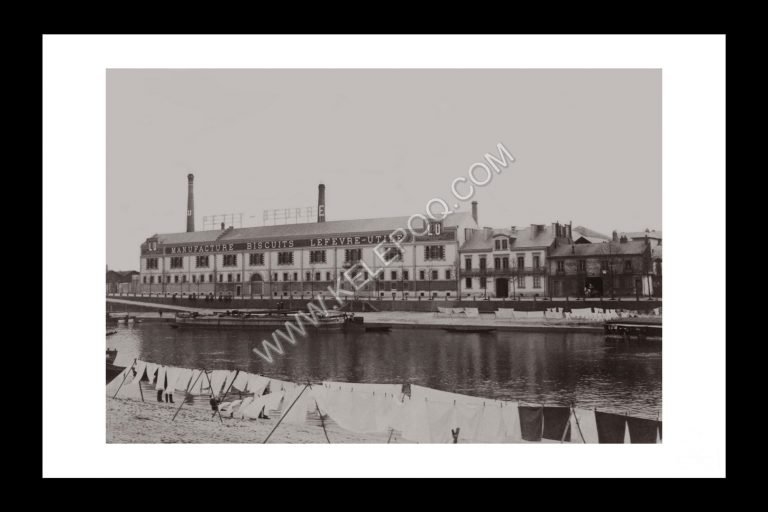 Photo d'époque Nantes n°02 - Usine LU en 1900