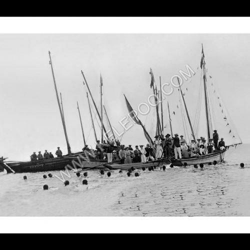 Photo d'époque Beg-Meil n°01 - Fêtes du 15 Aout 1905 - lancé du canard