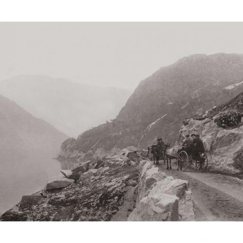 Photo d'époque Montagne n°107 - charrettes à cheval