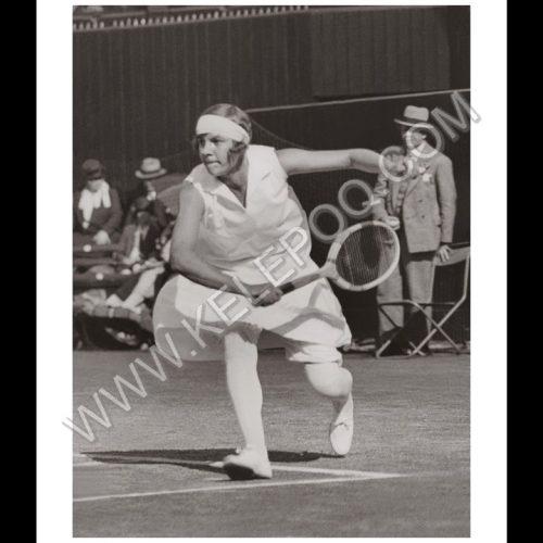 Photo d'époque SPORT n°66 - Joan Fry joueuse tennis britannique - demi-finale Wimbledon - Photographe Victor Forbin