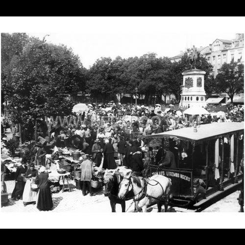 Photo d'époque Luxembourg n°03 - marché hebdomadaire place Guillaume II - 1898 - photographe Batty Fischer