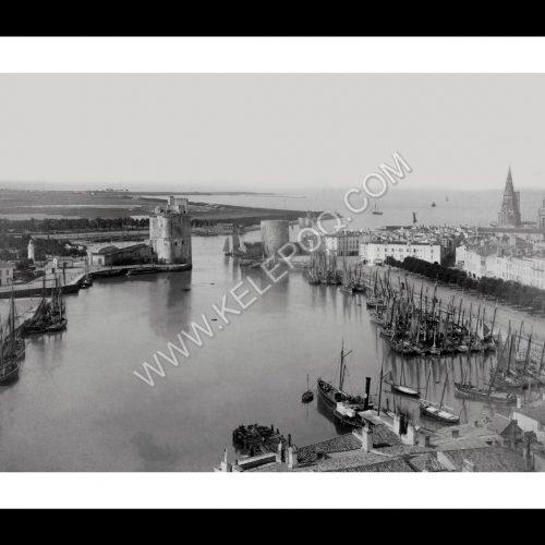 Photo d'époque La Rochelle n°03 - vieux port et vue sur la porte de la Grosse-Horloge