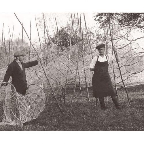 Photo d'époque Métiers n°44 - fabricants de nasses pour la pêche