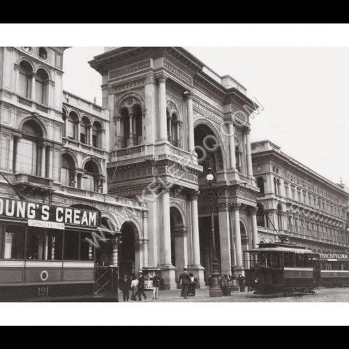 Photo d'époque Milan n°02 - Façade de la Galerie Victor Emmanuel - galleria Vittorio Emanuele II