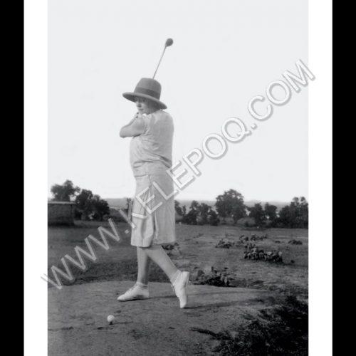 Photo d'époque Sport n°73 - golfeuse