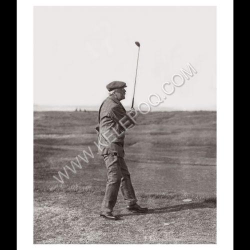 Photo d'époque SPORT n°75 - Arthur James Balfour au golf - Parliamentary Golf à Sandwich (Kent, UK) - photographe Victor Forbin