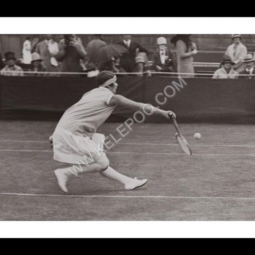 Photo d'époque SPORT n°77 - Bobbie Heine - Wimbledon tennis - photographe Victor Forbin