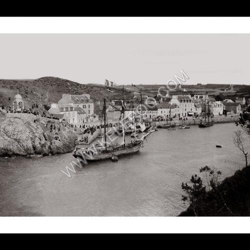 Photo d'époque Sur l'eau n°60 - Port de Dahouët Pléneuf-Val-André