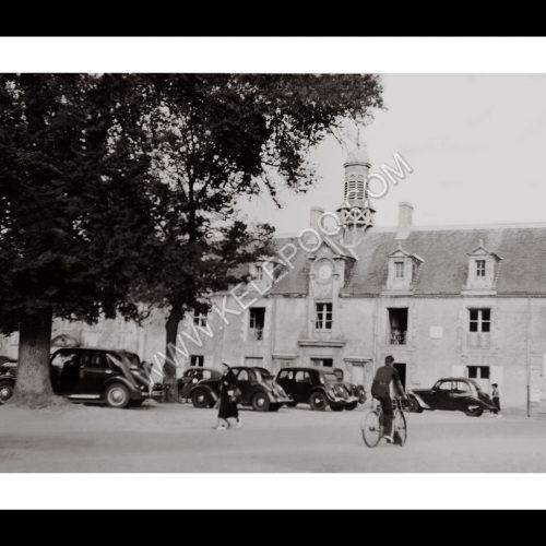 Photo d'époque Noirmoutier n°19 - Place de l'Hôtel de Ville