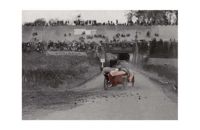Photo d'époque Automobile couleur n°08 - photographe Victor Forbin - Brooksland (Angleterre) (60x90)