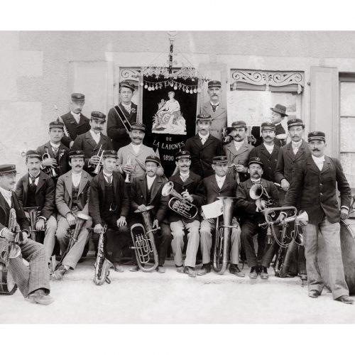 Photo d'époque Musique n°08 - Orchestre Les enfants de la Laignes - Côte d'Or - 1890