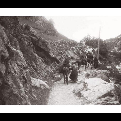 Photo d'époque Montagne n°111 - Expédition à cheval à Gavarnie