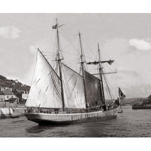 Photo d'époque Sur l'eau n°65 - Voilier trois-mâts Le Skualduna à Fecamp en 1926