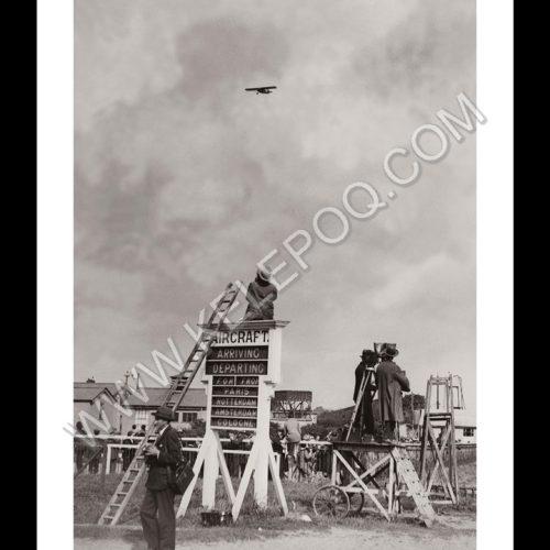 Photo d'époque Dans les airs n°33 - monoplane Stinson - Pride of Detroit - vol transatlantique - 28 août 1927 - Photographe Victor Forbin