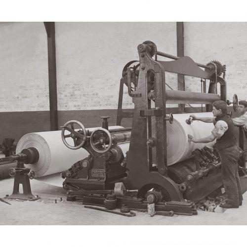 Photo d'époque Métiers n°60 - industrie papetière - Photographe Victor Forbin