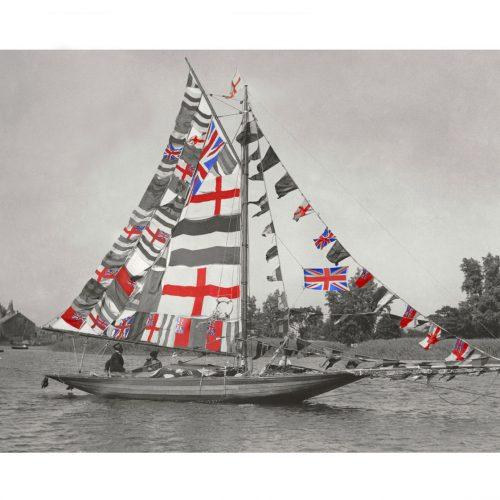 Photo d'époque Sur l'eau couleur n°06 - régate Lowestoft